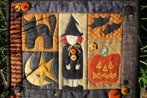 mini-halloween-quilt